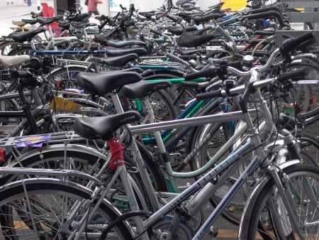 Cientos de bicicletas